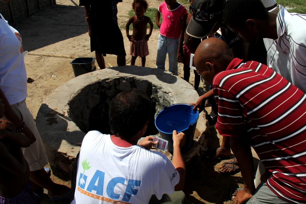 WASH_chloration_Tulear_rural_Mangaly_ACF_Madagascar_130313 (24)