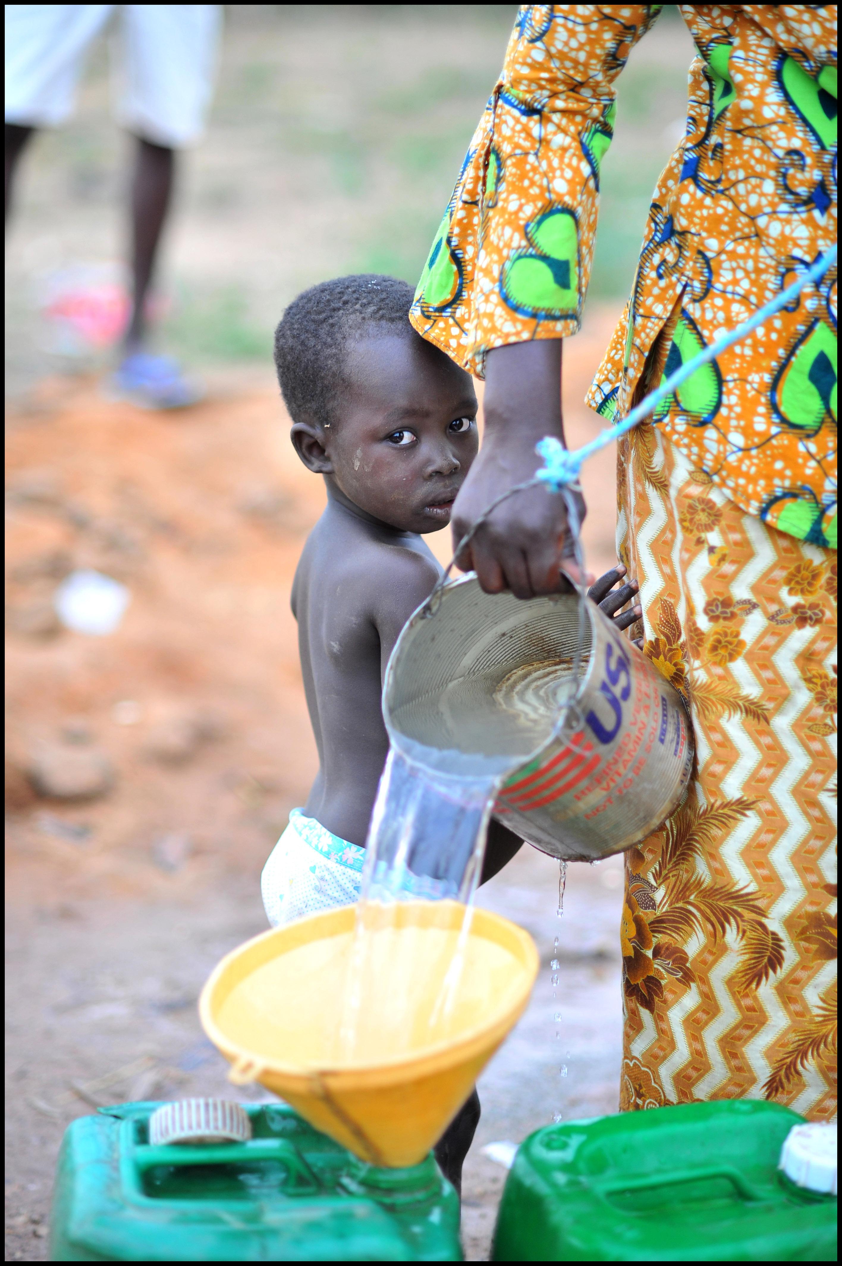burkina-faso-eau-impropre-potable-assainissement-maladies-hydriques